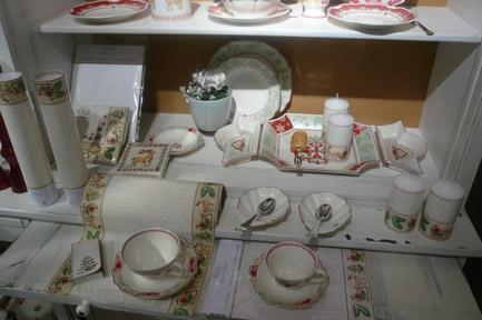 Villeroy and Boch, dekoracje świąteczne, salon porcelany 33