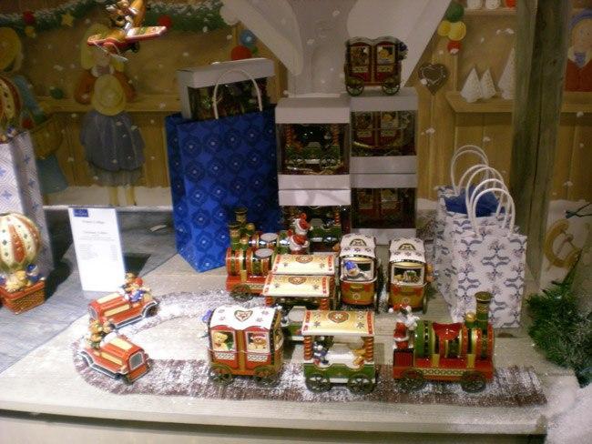 Villeroy and Boch, dekoracje świąteczne, salon porcelany 42