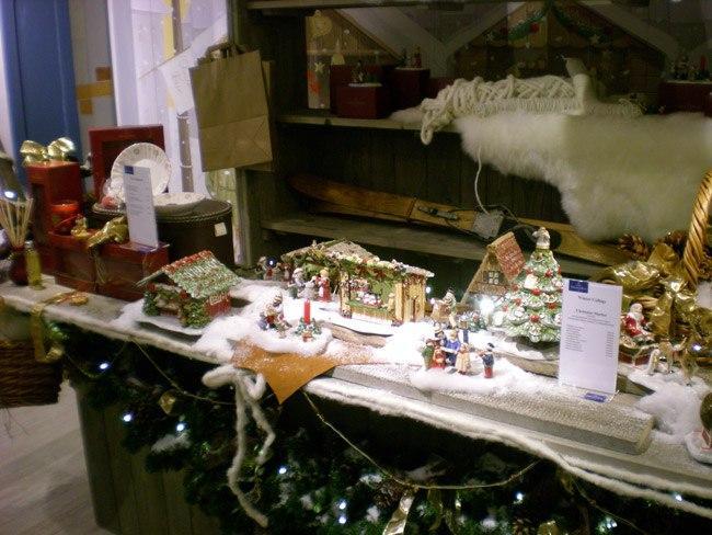 Villeroy and Boch, dekoracje świąteczne, salon porcelany 45