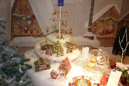 Villeroy and Boch, dekoracje świąteczne, salon porcelany 76