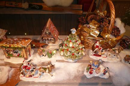 Villeroy and Boch, dekoracje świąteczne, salon porcelany 82