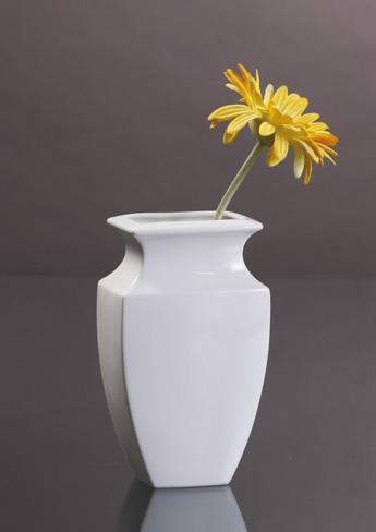 Kaiser 14, salon porcelany