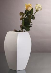 Kaiser 16, salon porcelany